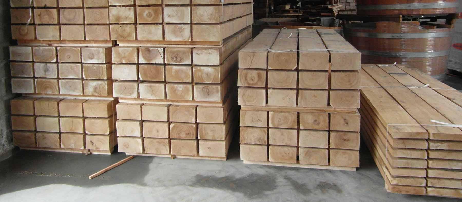 egestolper - træstolper
