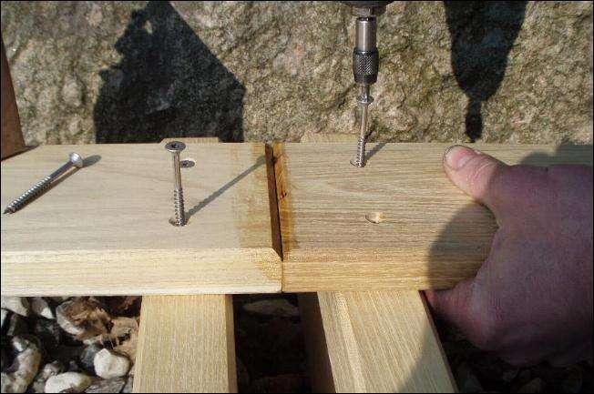 terrasse-monteres-med-skruer