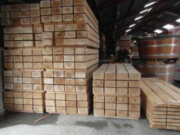 egetømmer og planker